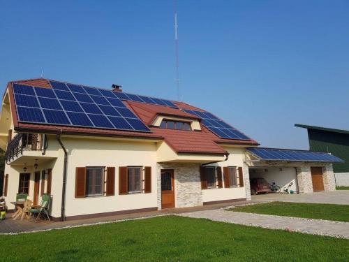 Samooskrbna MSE Slovenska Bistrica 11kW Eurener moduli (PEPV 270W)